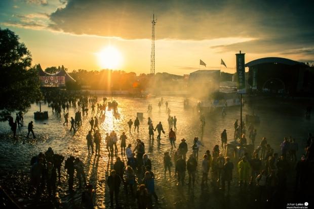 Dour Festival in de regen (c) Johan Lolos